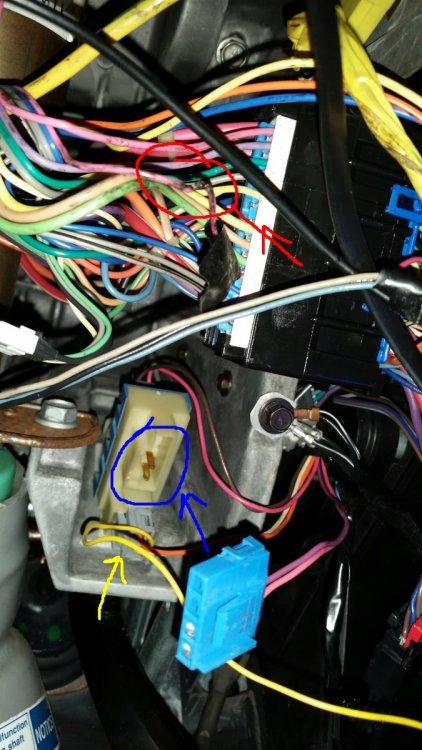 under_dash.thumb.jpg.2ba03b7b3f545121124bf3ddbb441d90.jpg